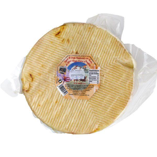 queso de oveja con azafrán grande